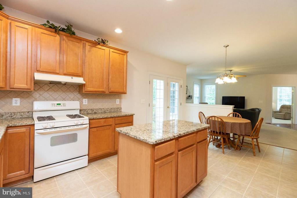 Kitchen with island. NOT SHOWN NEW SS RANGE, HOOD. - 13208 CHANDLER CT, FREDERICKSBURG