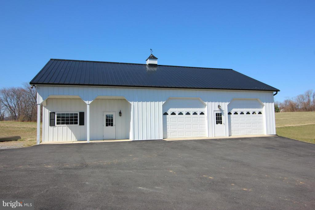 Perfect for added storage or home business - 38651 RICKARD RD, LOVETTSVILLE