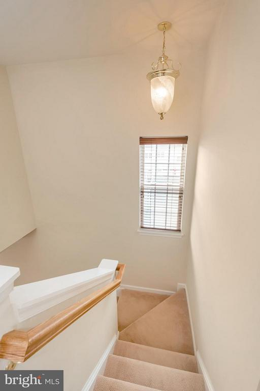 Well Lit Stairwell - 16385 GANGPLANK LN, WOODBRIDGE