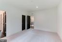 Upstairs bedrooms with 9' ceilings - 3546 UTAH ST N, ARLINGTON