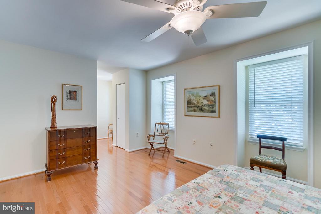 Bedroom (Master) 3 - 5620 BARRYMORE RD, CENTREVILLE