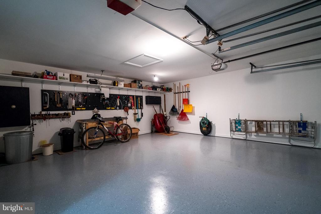 Large Garage with finished floor - 5620 BARRYMORE RD, CENTREVILLE