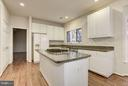 Kitchen Island with downdraft cooktop - 20941 RUBLES MILL CT, ASHBURN