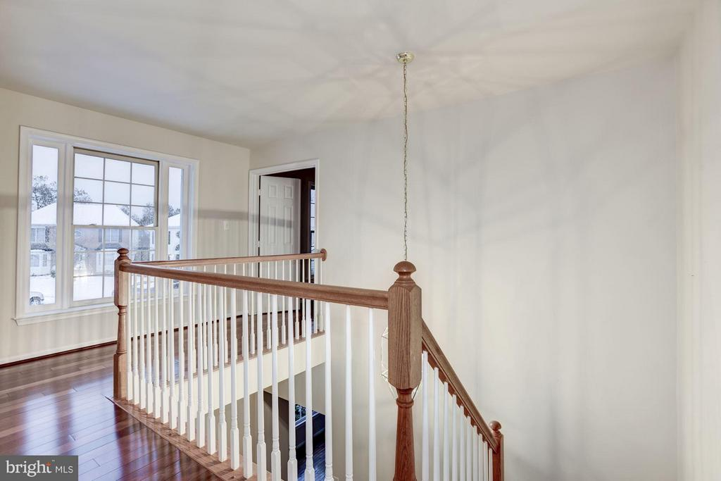 2nd Floor Hallway leading to Bedrooms - 20941 RUBLES MILL CT, ASHBURN