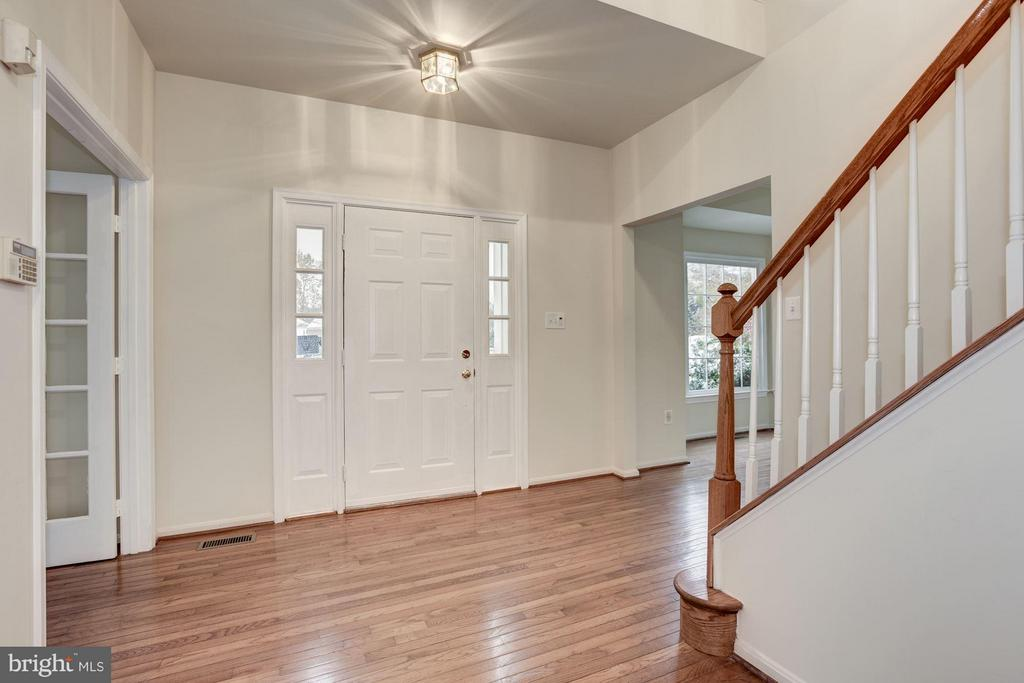 Foyer - 20941 RUBLES MILL CT, ASHBURN