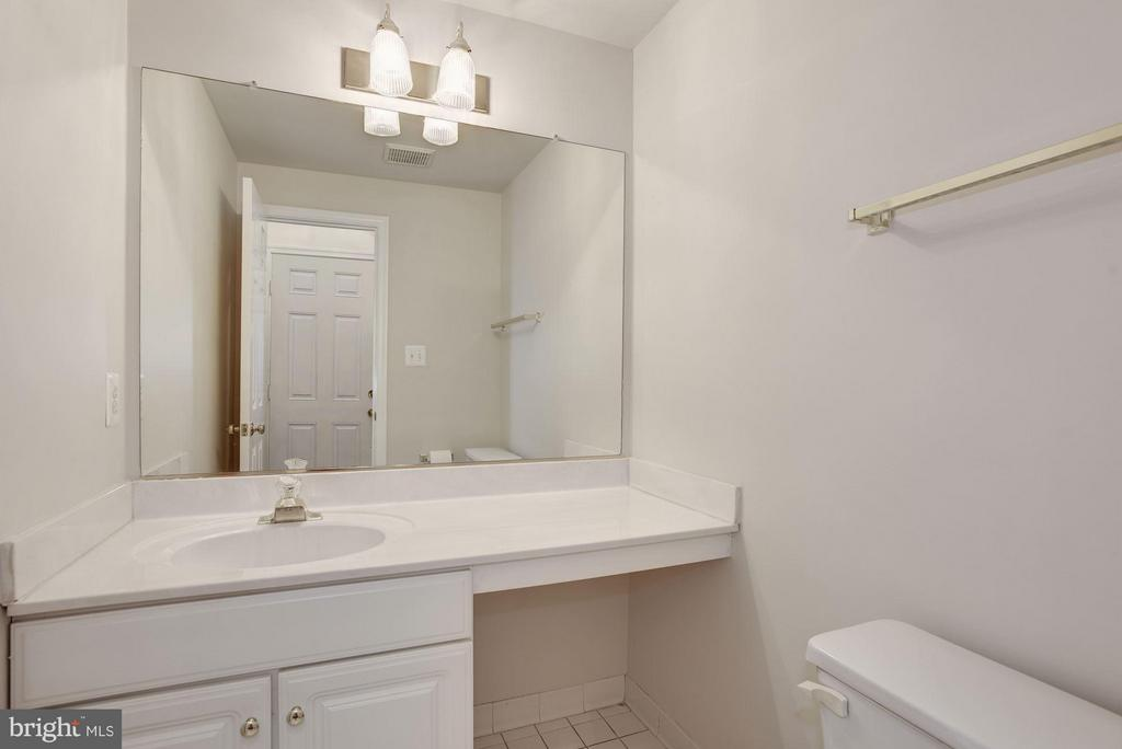 Powder Room - 20941 RUBLES MILL CT, ASHBURN