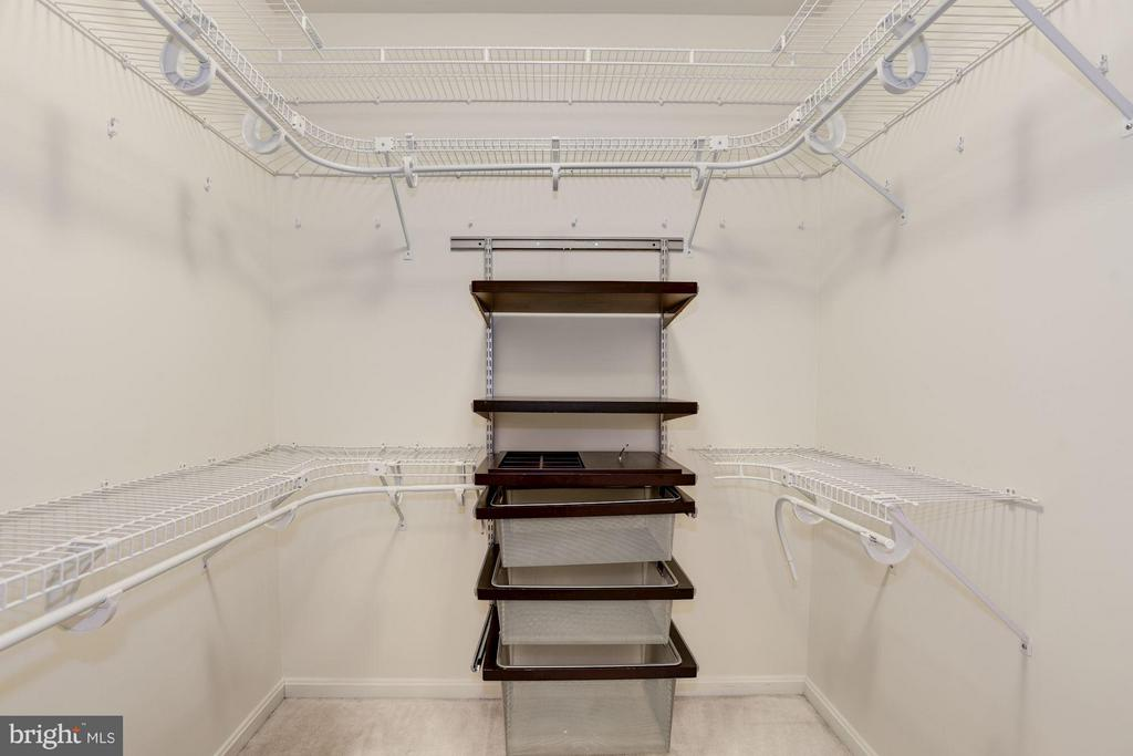 Master Bedroom Walk-in Closet - 20941 RUBLES MILL CT, ASHBURN