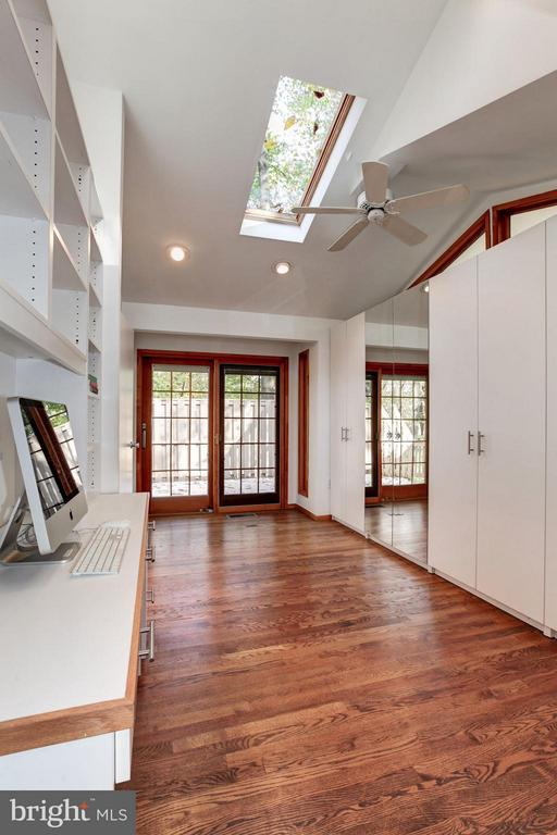Sitting/Dressing Area Opens to Deck - 7709 HAMILTON SPRING RD, BETHESDA