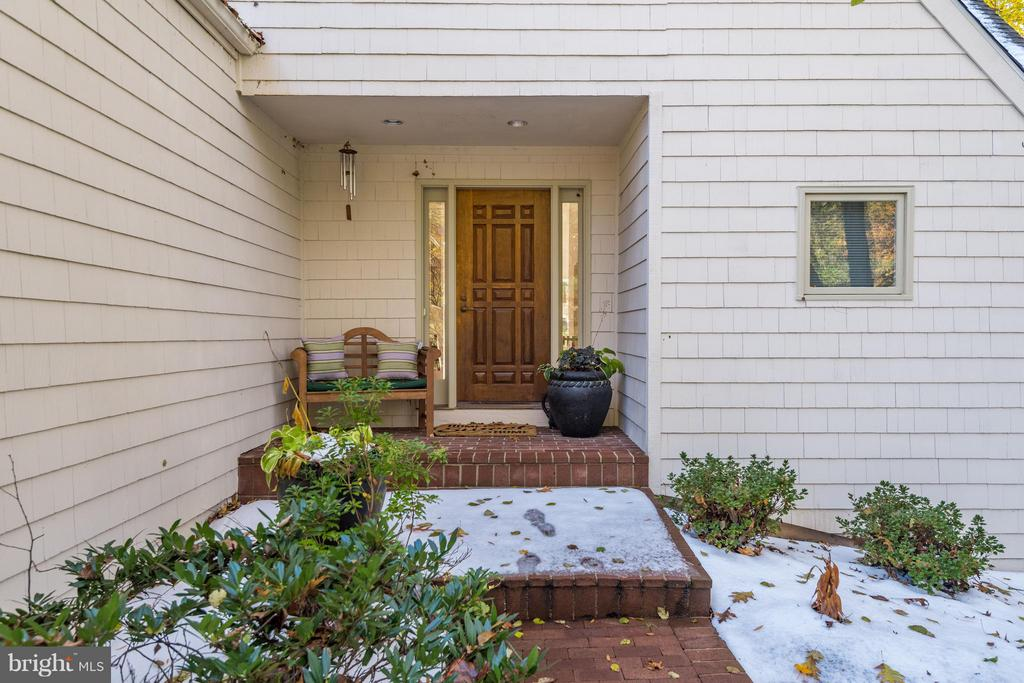 Lovely brick walk way and covered entry way - 11581 GREENWICH POINT RD, RESTON