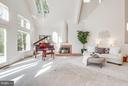 Living room with lofty ceilings & skylights - 11581 GREENWICH POINT RD, RESTON