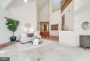 Contemporary floor plan perfect for art work - 11581 GREENWICH POINT RD, RESTON