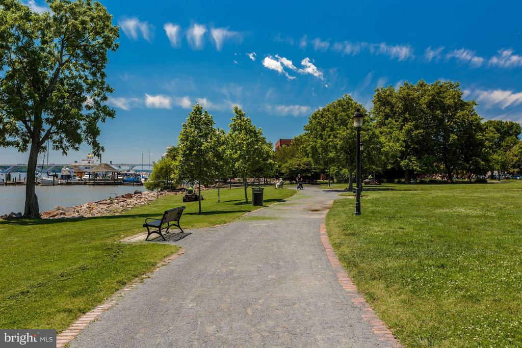 Water Front Community Park - 215 PRINCESS ST, ALEXANDRIA
