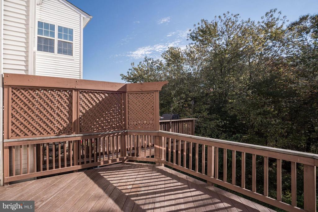 Deck off of family room and kitchen - 7273 JOHN RYLAND WAY, SPRINGFIELD