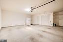 Two car garage with additional storage - 7273 JOHN RYLAND WAY, SPRINGFIELD