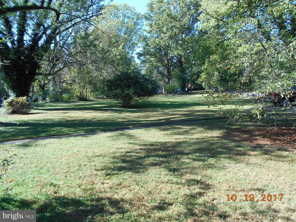 View from front towards the rear of the property - 445 COURTHOUSE RD SW, VIENNA