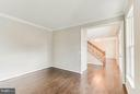 Living Room with gleaming new hardwood floors - 5 COOPER RUN ST, LOVETTSVILLE