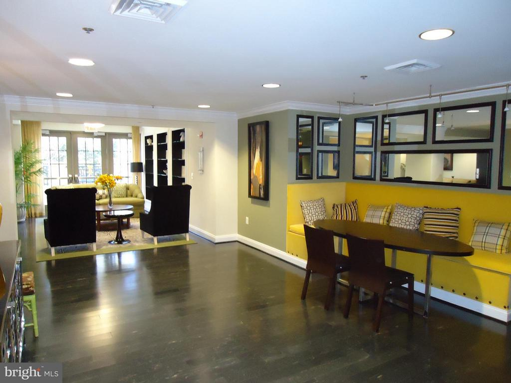 Condo Community Meeting Rooms Available - View # 1 - 485 HARBOR SIDE ST #306, WOODBRIDGE