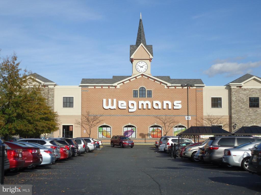 Stonebridge - Doesn't Wegmans Carry Everything? - 485 HARBOR SIDE ST #306, WOODBRIDGE