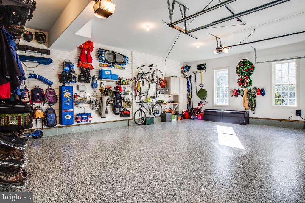 3 Car Garage w/ Custom Floors - 10519 WILDBROOKE CT, SPOTSYLVANIA