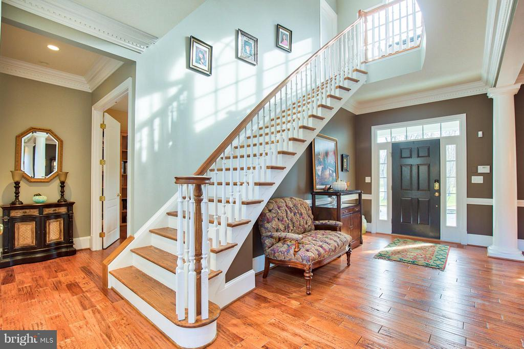 Foyer - 17276 SIMPSON CIR, PAEONIAN SPRINGS
