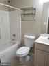 Bath - 7104 PULLEN DR, FREDERICKSBURG