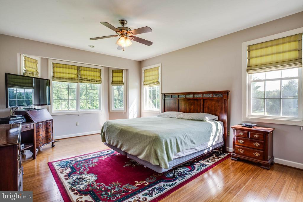 Bedroom (Master) - 8099 MEADOWLAND DR, LOCUST GROVE