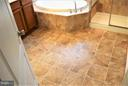 Very nice ceramic tile! - 19342 GARDNER VIEW SQ, LEESBURG