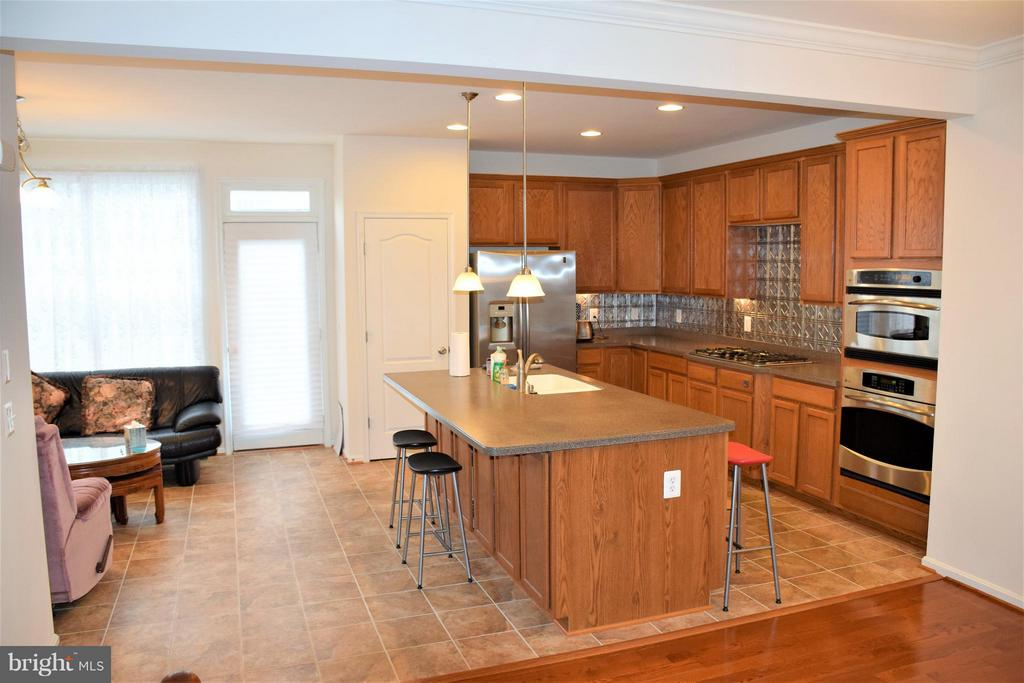Kitchen from living room-lovely - 19342 GARDNER VIEW SQ, LEESBURG