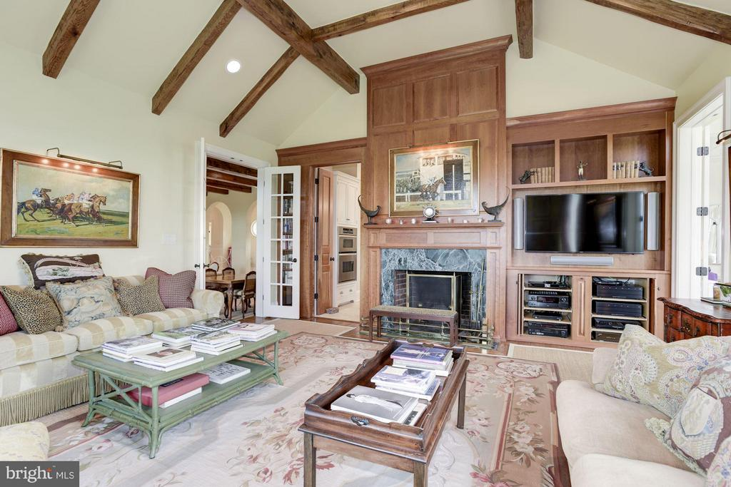 Family Room - 21004 WILLISVILLE RD, BLUEMONT