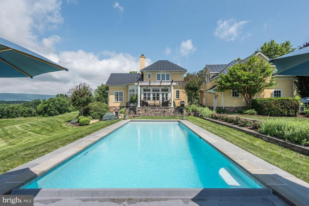 Inground pool - 21004 WILLISVILLE RD, BLUEMONT