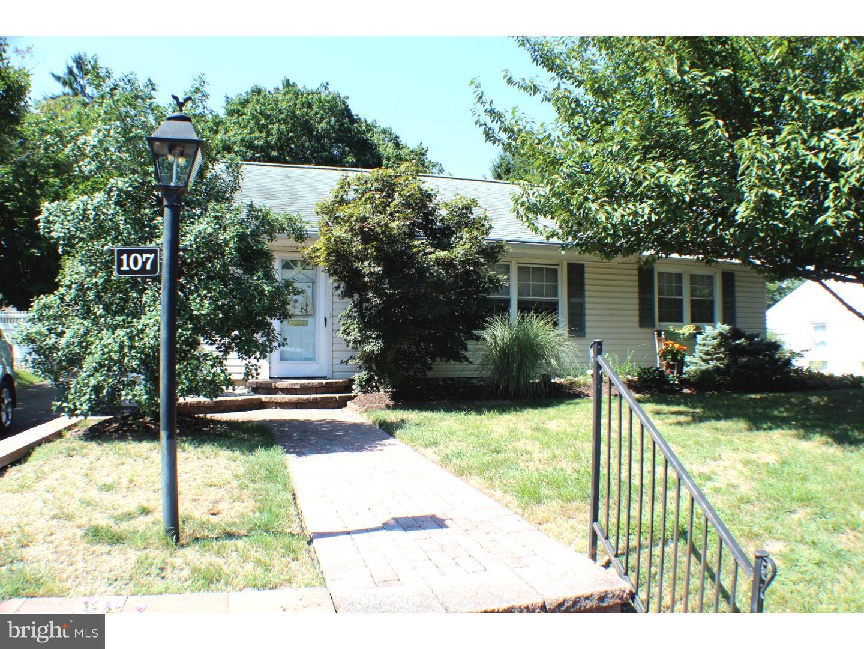 Nhà ở một gia đình vì Bán tại 107 BROOKFIELD Avenue Pitman, New Jersey 08071 Hoa Kỳ