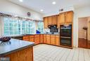 Kitchen - 6900 BERNLY CT, SPOTSYLVANIA