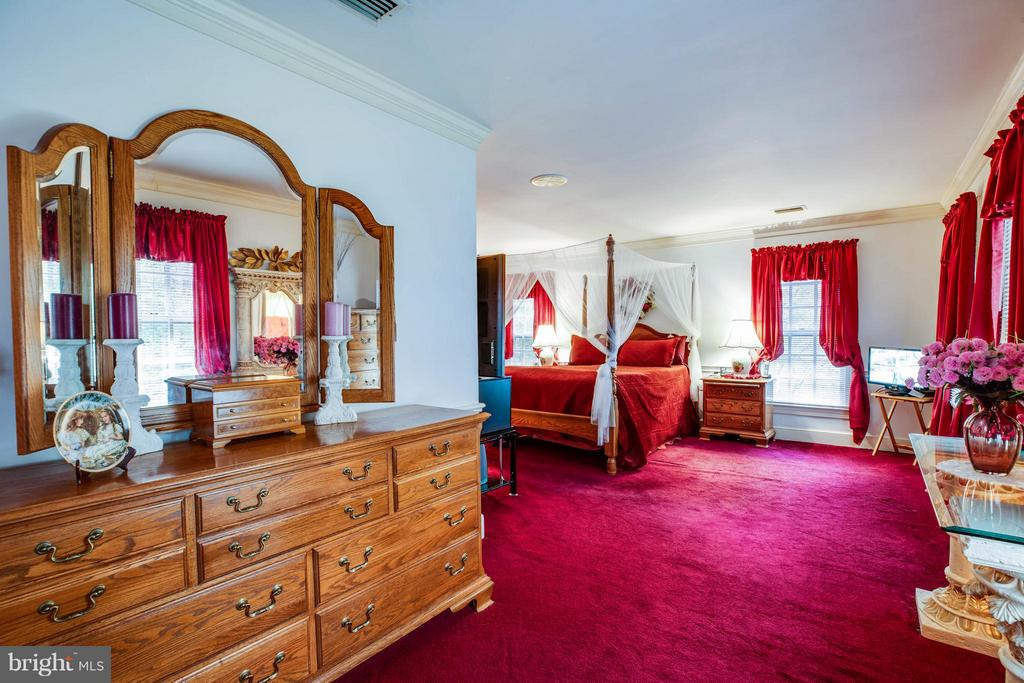 Bedroom (Master) - 6900 BERNLY CT, SPOTSYLVANIA