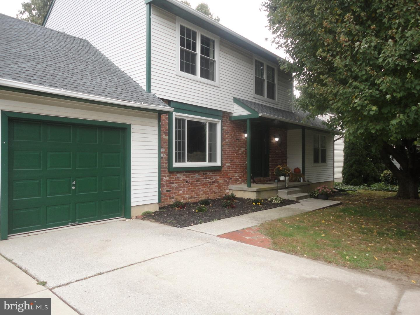 Single Family Home for Sale at 1757 CONGRESS Drive Turnersville, New Jersey 08012 United States