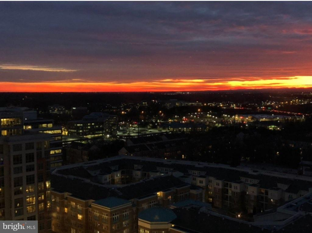 Another day, another sunset - 11990 MARKET ST #1801, RESTON