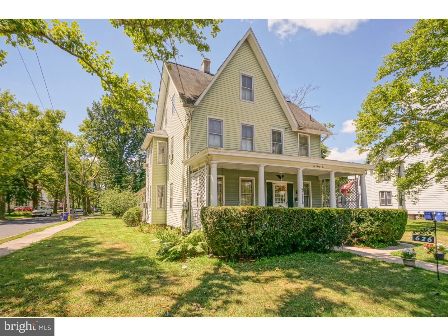 Duplex for Sale at 624-626 MAIN Street Riverton, New Jersey 08077 United States