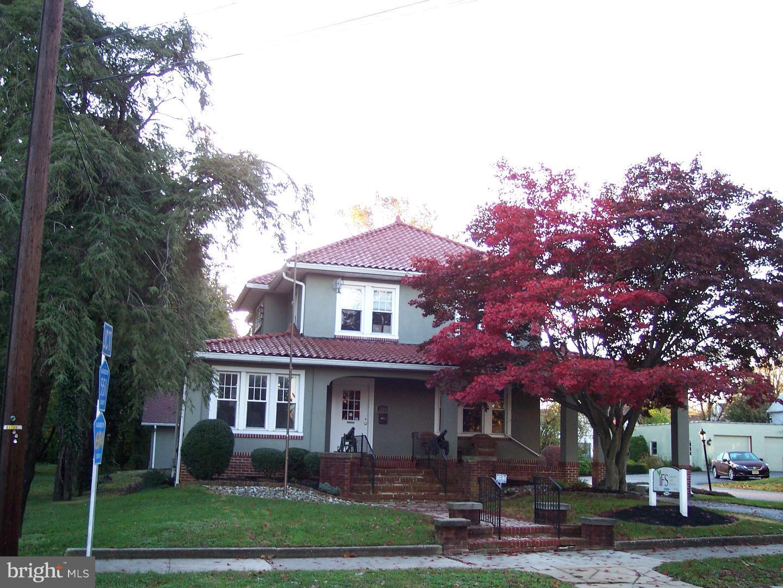 Частный односемейный дом для того Продажа на 1514 KINGS HWY Swedesboro, Нью-Джерси 08085 Соединенные Штаты
