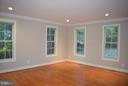 Living Room - 5789 LADUES END CT, FAIRFAX