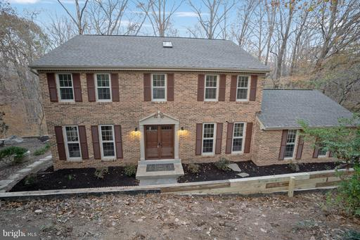 6106 HENRY HOUSE CT