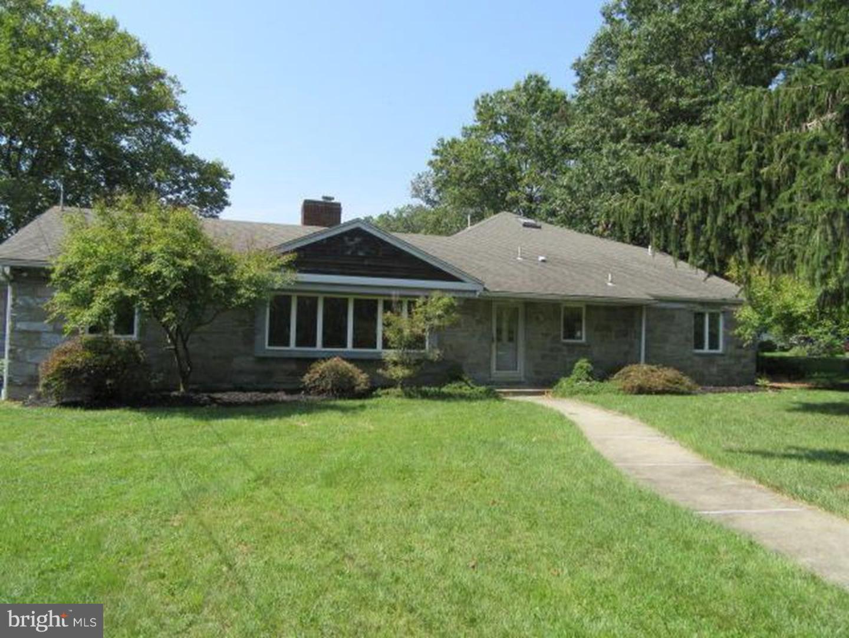 Частный односемейный дом для того Продажа на 120 GREENLEIGH Court Merchantville, Нью-Джерси 08109 Соединенные Штаты