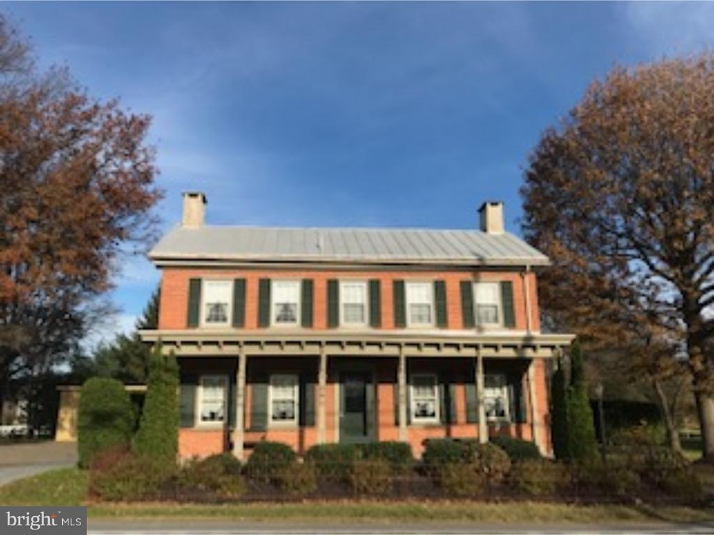 1191 OLD SWEDE RD, Douglassville PA 19518