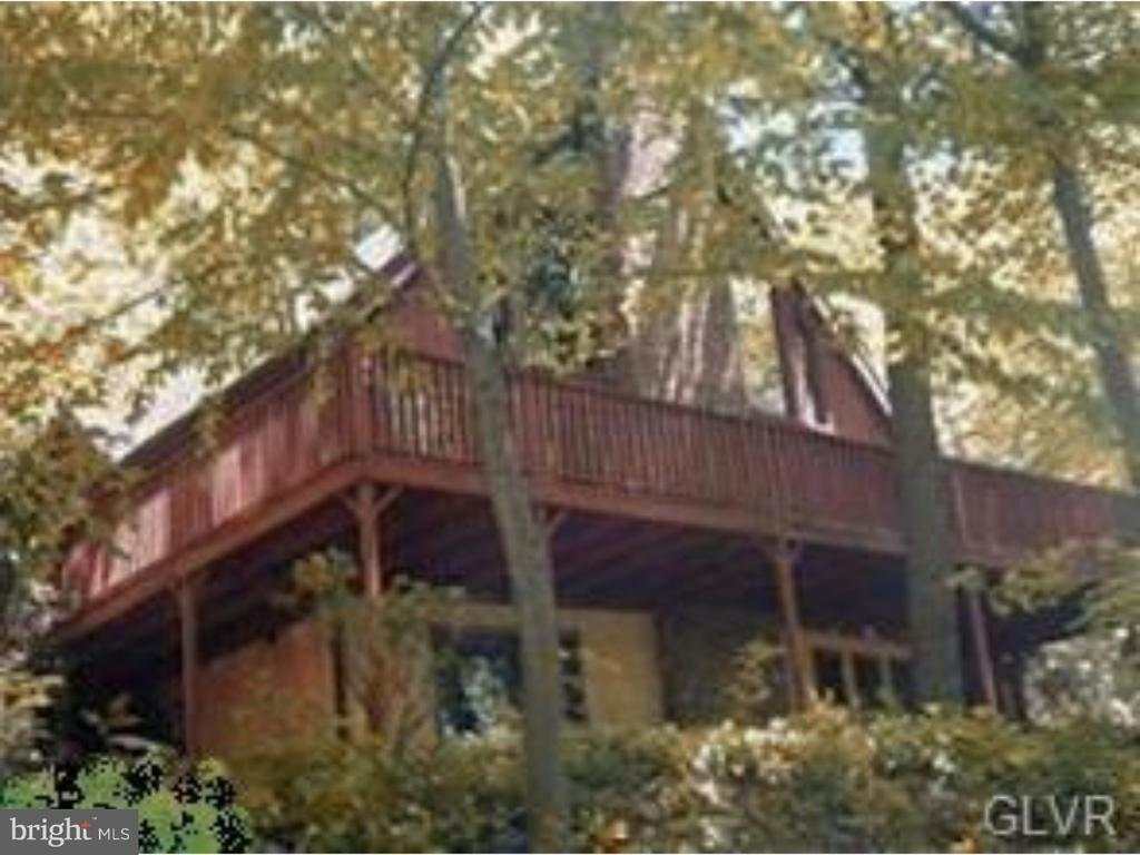 227 OLD STATE RD, Boyertown PA 19512