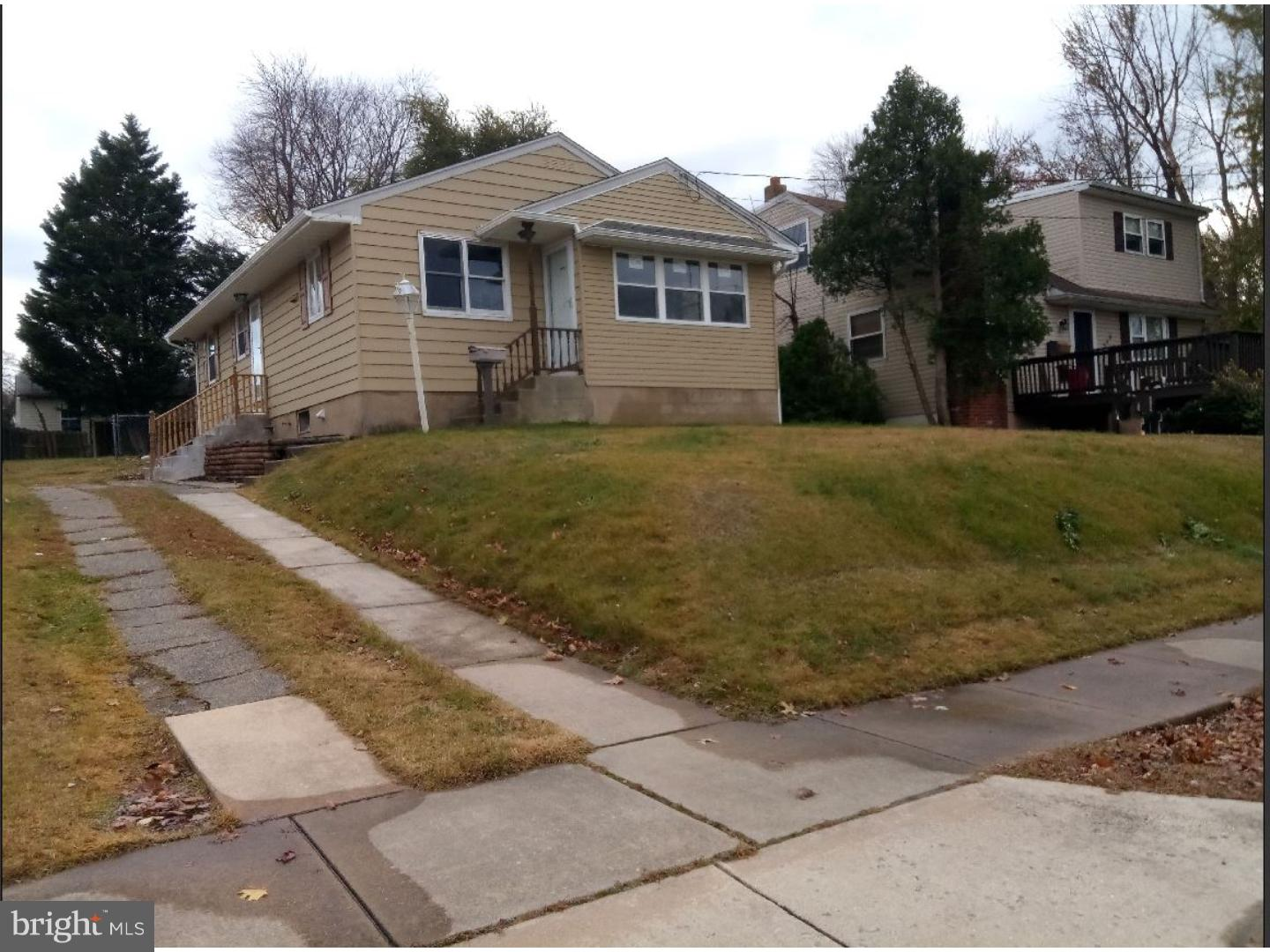 Single Family Home for Sale at 544 HIRSCH Avenue Runnemede, New Jersey 08078 United StatesMunicipality: Runnemede