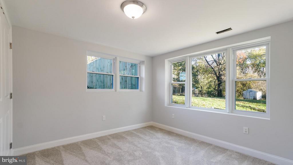 Basement bedroom #4 - 5908 ROBIN LN, SUITLAND