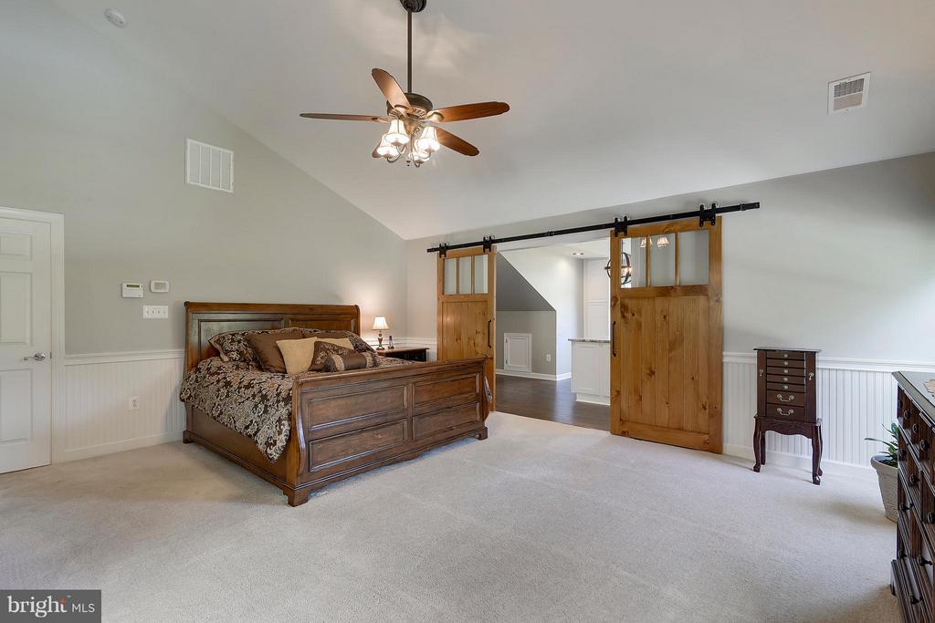 Master Bedroom - 17266 FLINT FARM DR, ROUND HILL