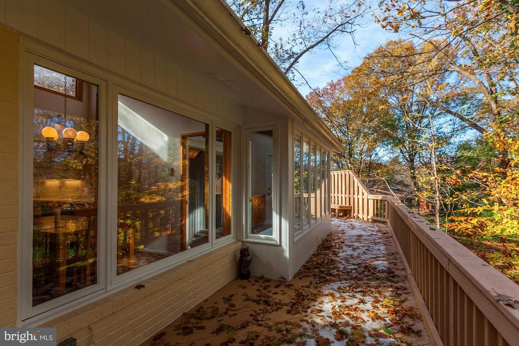 Serenity surrounds you on this very private deck - 7709 HAMILTON SPRING RD, BETHESDA