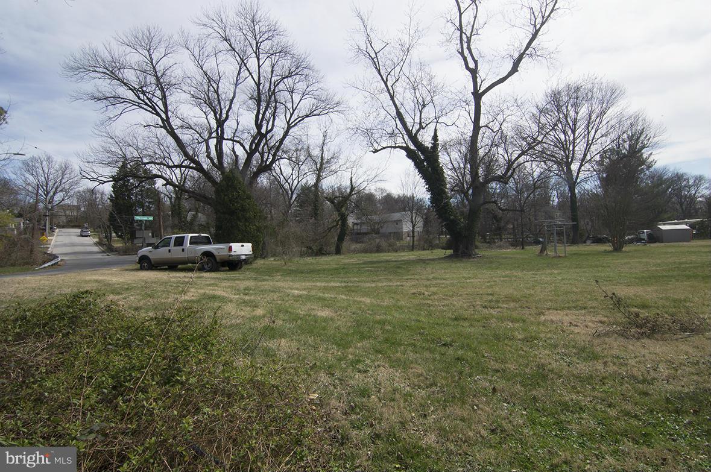 Photo of home for sale at Belarre Avenue, Halethorpe MD