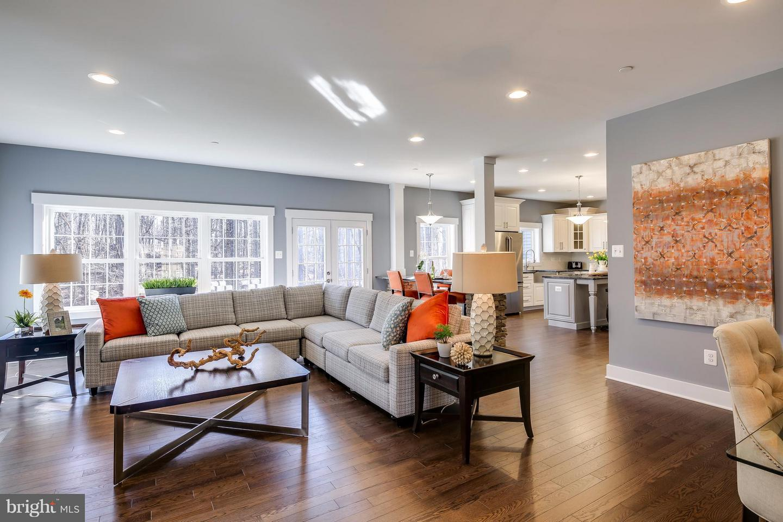 Additional photo for property listing at  Cooksville, Мэриленд 21723 Соединенные Штаты