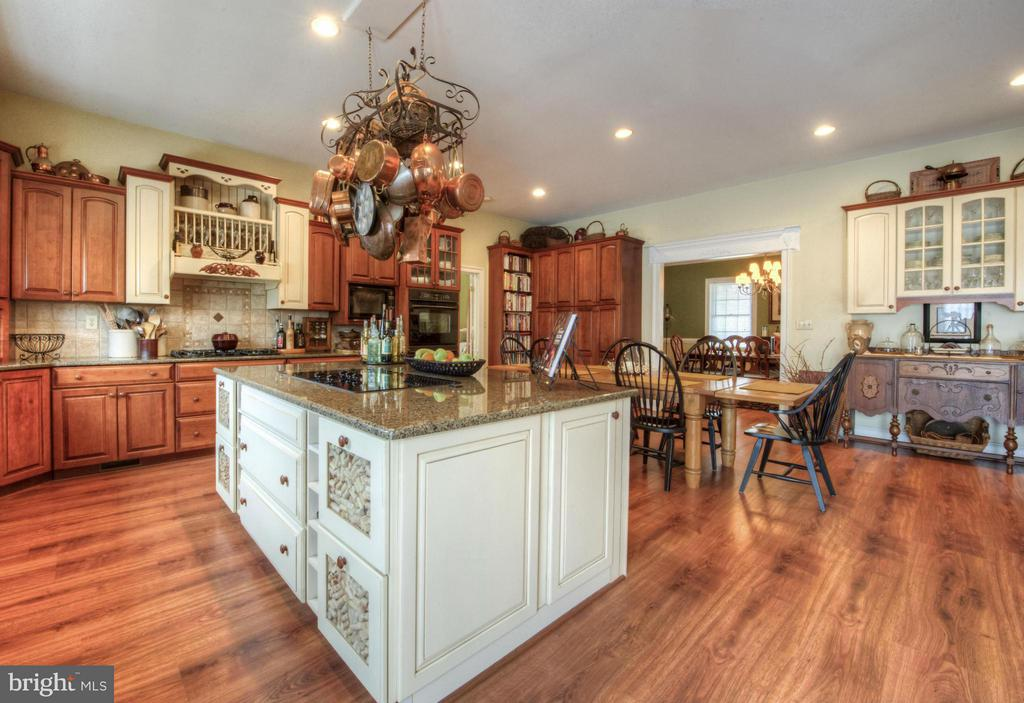 Kitchen spacious and bright and expansive. - 254 SPOTTED TAVERN RD, FREDERICKSBURG