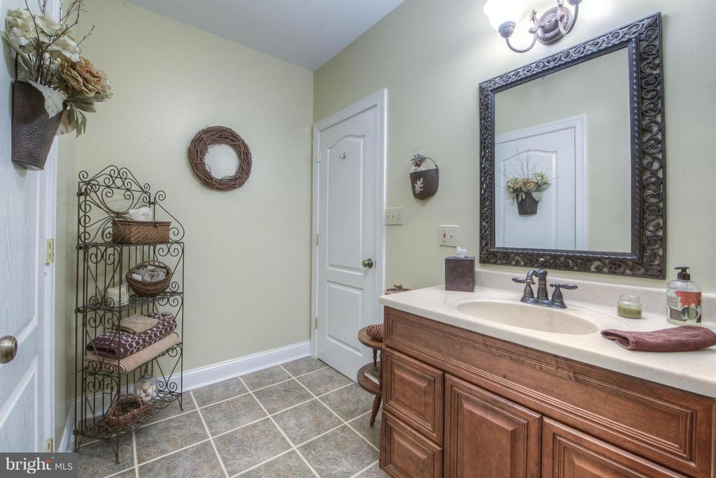Full Bathroom for 2nd level as well. - 254 SPOTTED TAVERN RD, FREDERICKSBURG